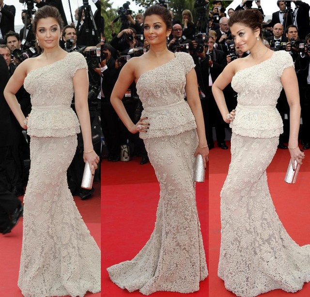 aishwarya-rai-bachchan-at-cannes-film-festival-2011-day-1-1112_600