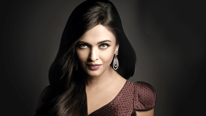 Aishwarya-Rai-Bachchan-HD-Wallpaper.jpg