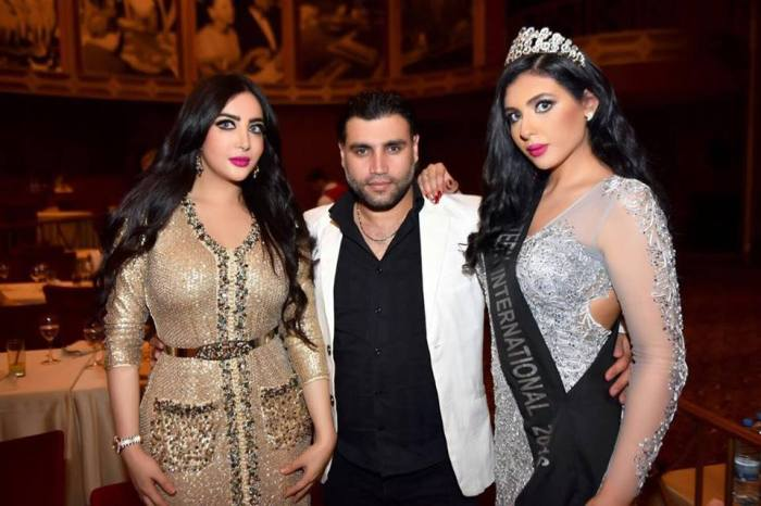 Riem-right-with-Miss-Middle-East-2015-left-and-famous-photographer-center