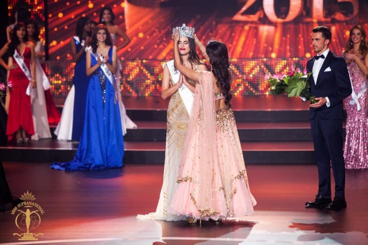 asha crowning stephania