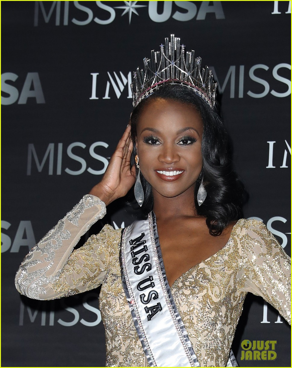 deshauna-barber-wins-miss-usa-2016-32.jpg