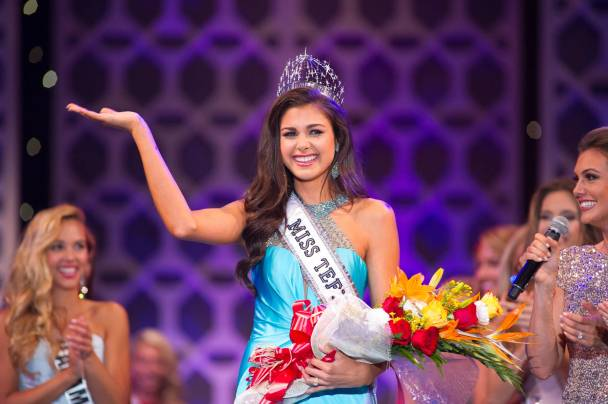 Katherine-Haik-was-crowned-Miss-Teen-USA-2015