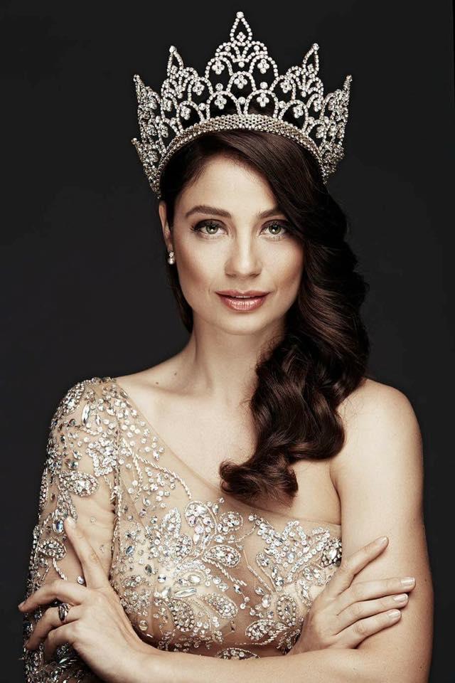 Galina_Mihaylova_Miss_World_2016_official_photoshoot