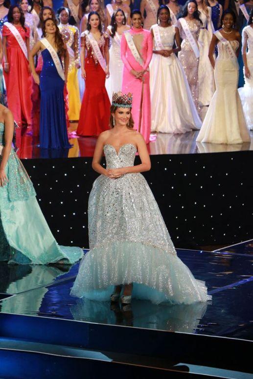 mireia-lalaguna-miss-world-2015-farewell
