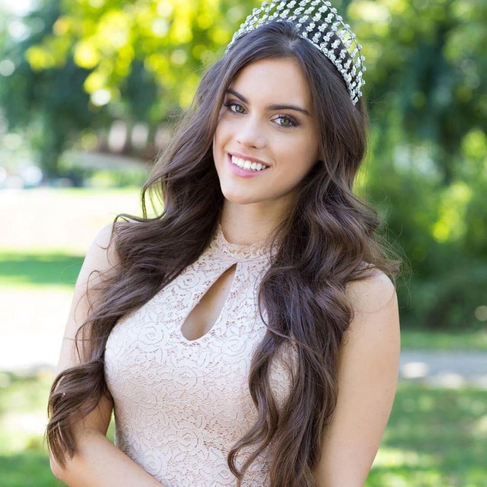 Miss World 2016 Hungary.jpg