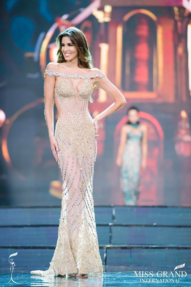 Miss Grand International 2017 Peru Maria Jose Lora Gown.jpg