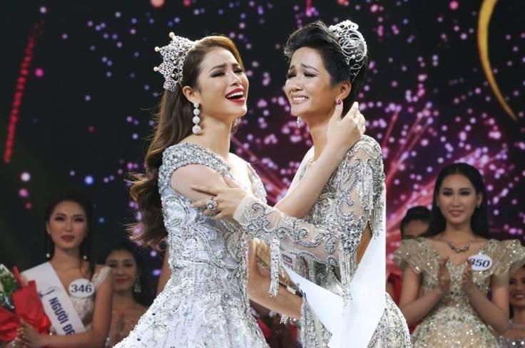 pham huong crowned hhen nie miss universe vietnam 2018.jpg