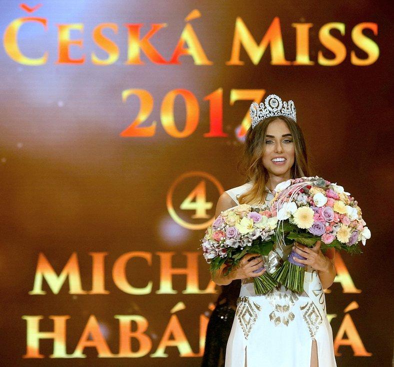 brno-drfg-arena-finale-galavecer-soutez-ceska-miss-2017-vitezka-michaela-habanova-05_galerie-980