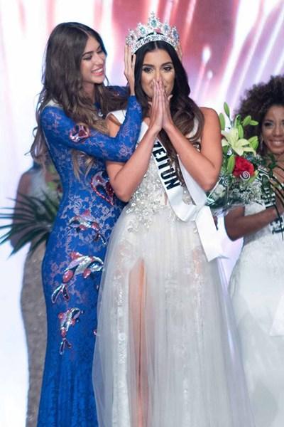 miss-universe-malta-2018-crowning-moment