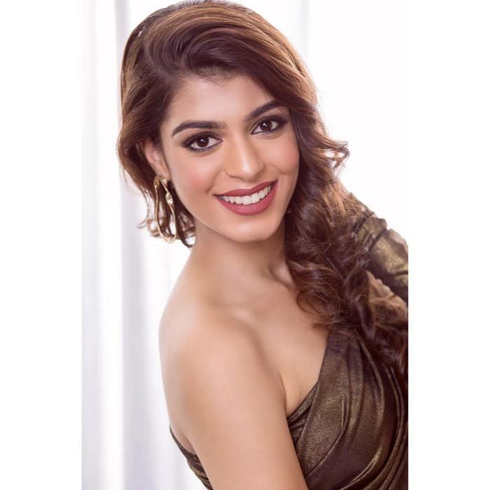 Bhavna Jain Crowned Miss Teen Earth India 2018 | The Kaleidoscope of